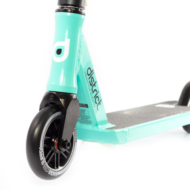 district-c050-stunt-scooter-mint12