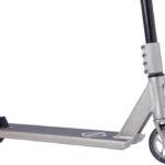 striker-gravis-pro-scooter-raw3